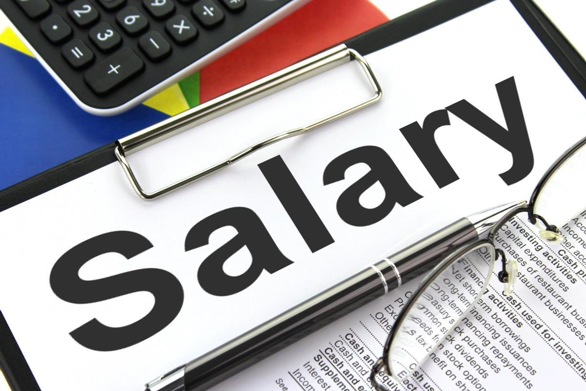 Salary - Free Creative Commons Clipboard image